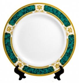 Тарелка с орнаментом